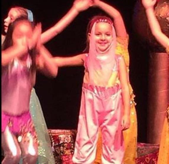 Grace Dance pink Veil Standing